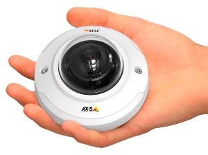 вандалостойкая купольная видеокамера M3044-V с 1280х720 пикс. и наращиваемой видеоаналитикой